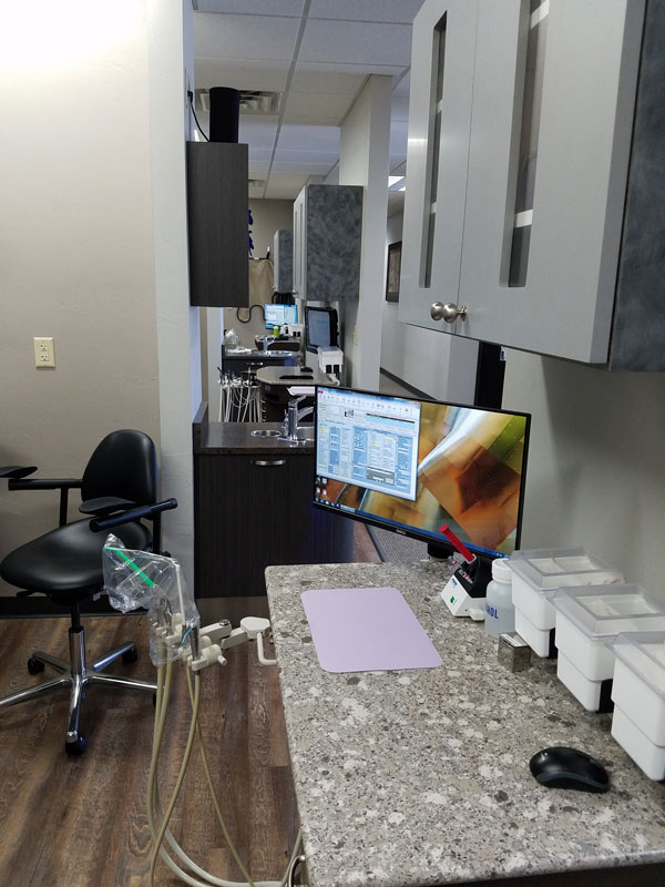 Treatment Suite with Assistant's System